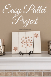 Painting a wood pallet plaque is a fun and creative way to decorate your home or office.