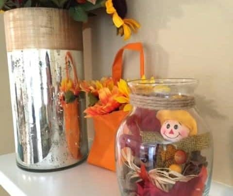 Looking for some cute ideas for fall decorating with scarecrows? Check out this simple craft idea.