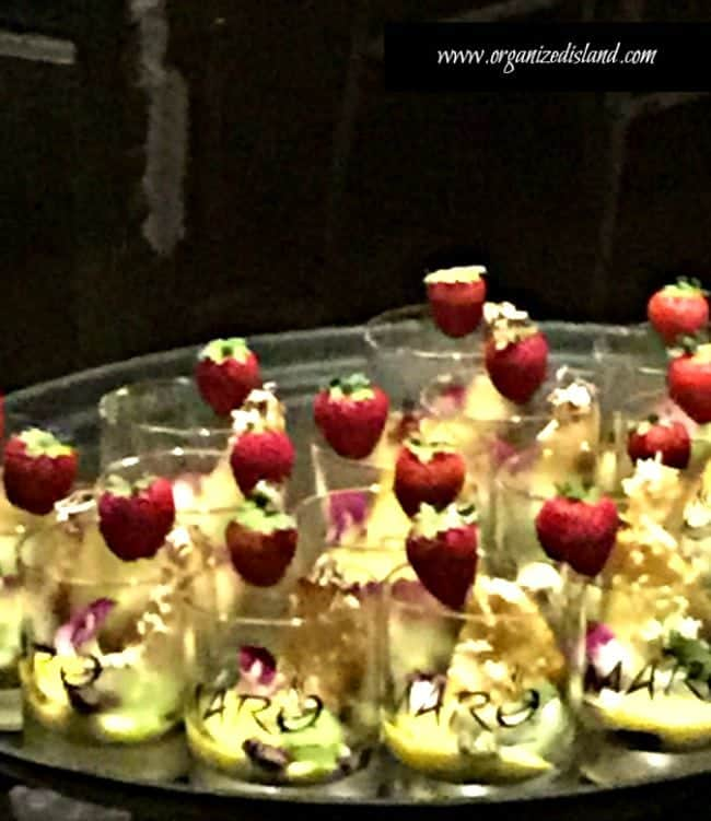 Grilled-fruit-passion-fruit-curd