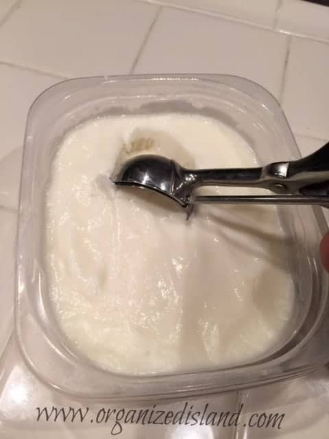 making frozen yoghurt