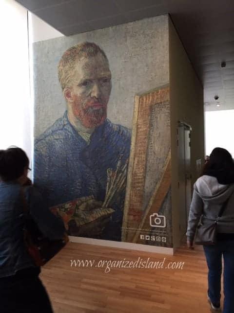 visiting-van-gogh-museum-amsterdam