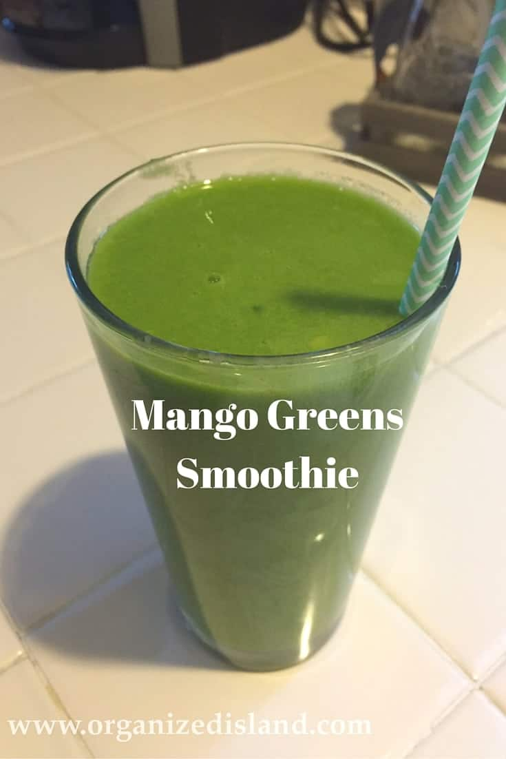 Creamy and smoothie - this mango greens smoothie is a great choice for breakfast!
