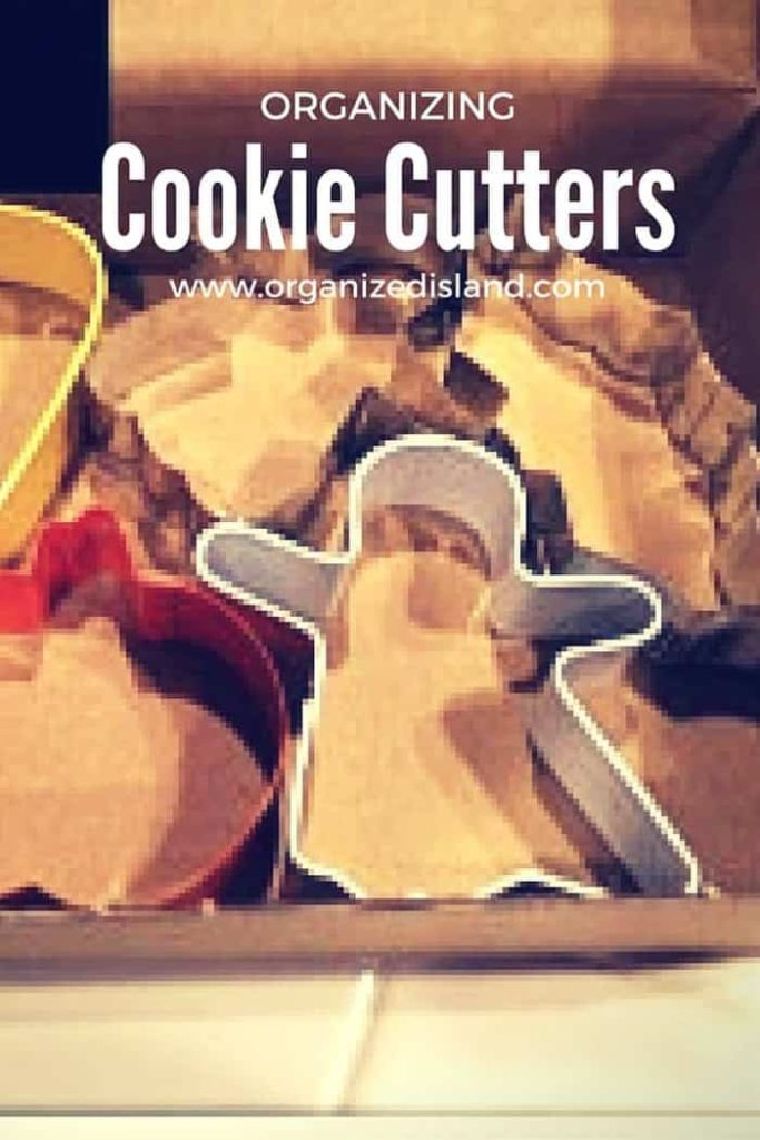 Tips to organize those cookie cutters so that you can grab one quickly when you need it!