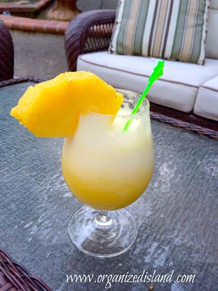 Simple Pineapple Daiquiri Recipe