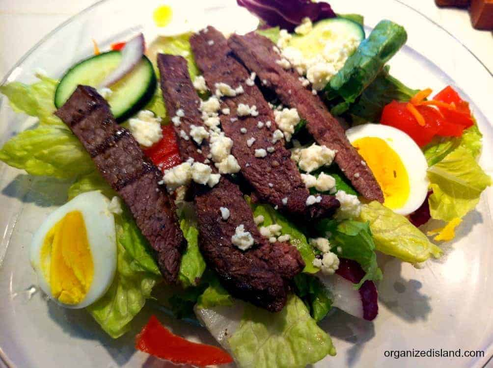 This simple steak salad is a great summer dinner idea. Easy to make too!