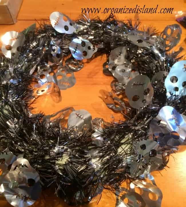 Spooky-halloween-wreath