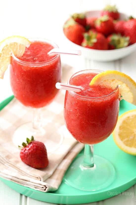 Strawberry-Wine-Spritzer-Slushies-8390