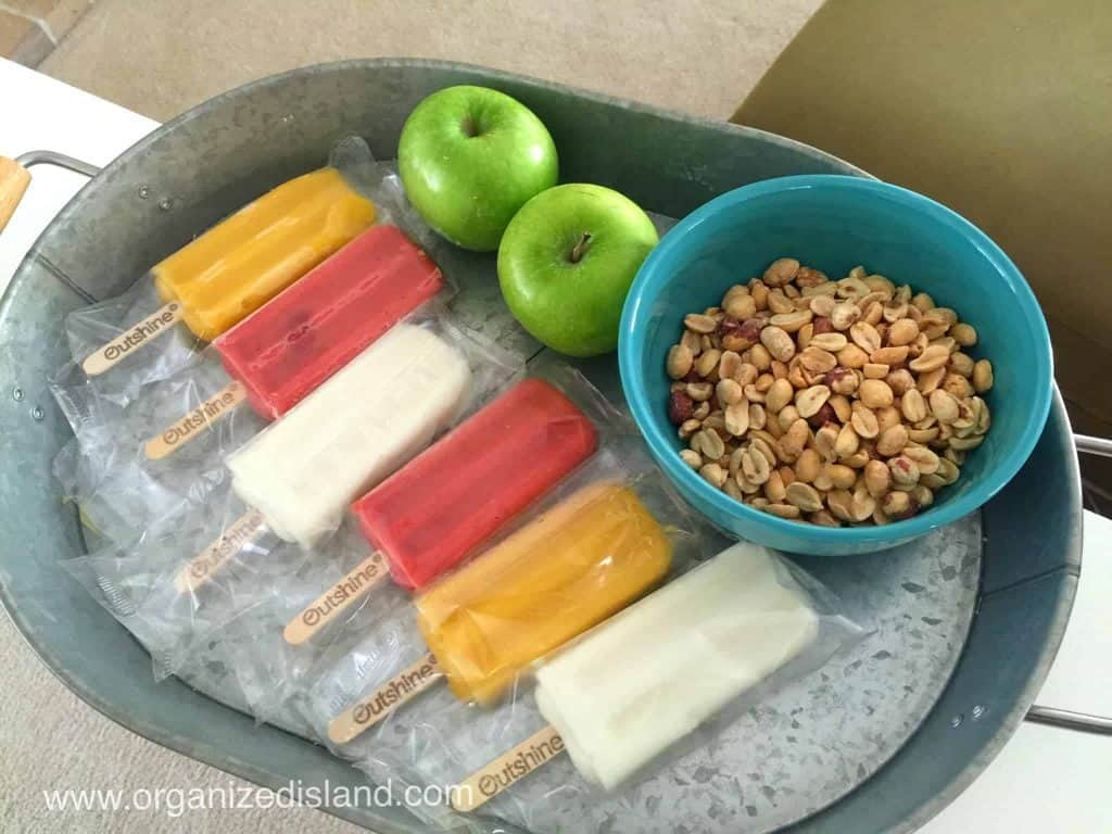 Looking for some simple snack ideas for after school? Here is a list you can feel good about.