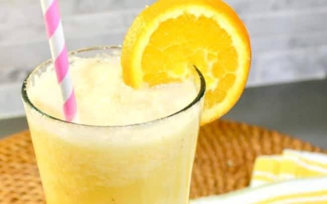 banana smoothie with orange juice