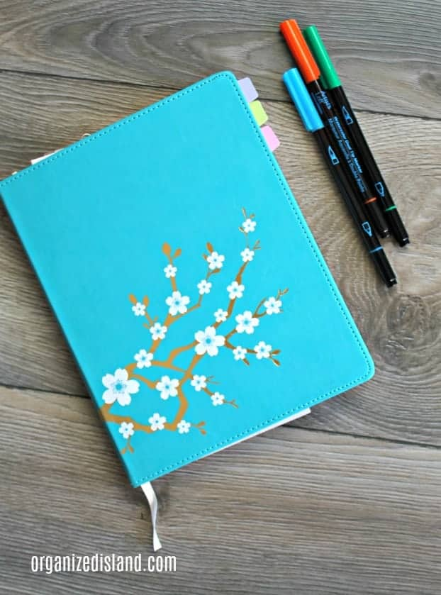 Notebook-and-pens