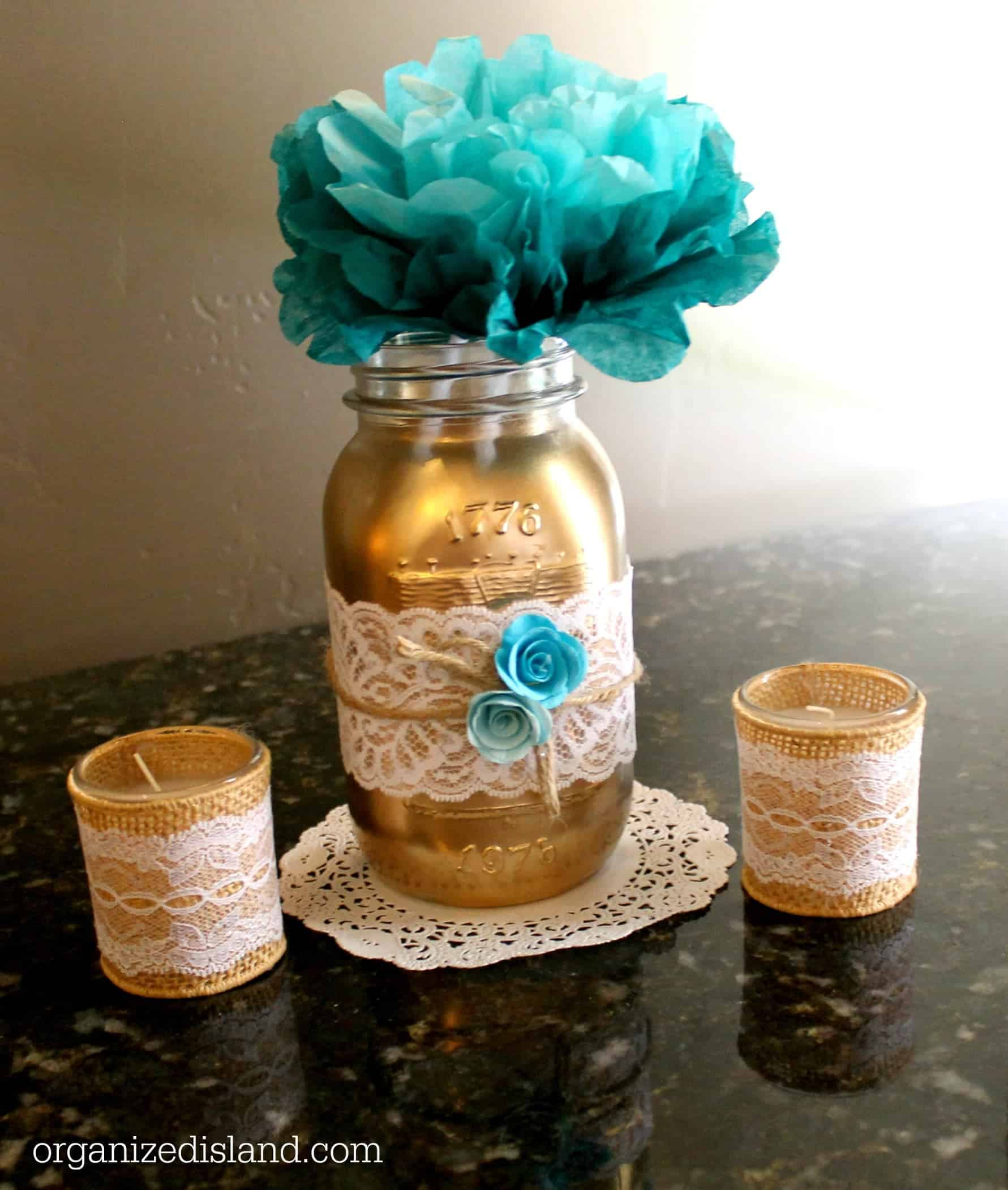 Mason jar decorating ideas for weddings - Lovely Mason Jar Craft Idea These Painted Mason Jars Made For Pretty Centerpieces For The