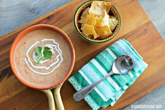 Delicious Chipotle soup recipe - cream with a little spice!