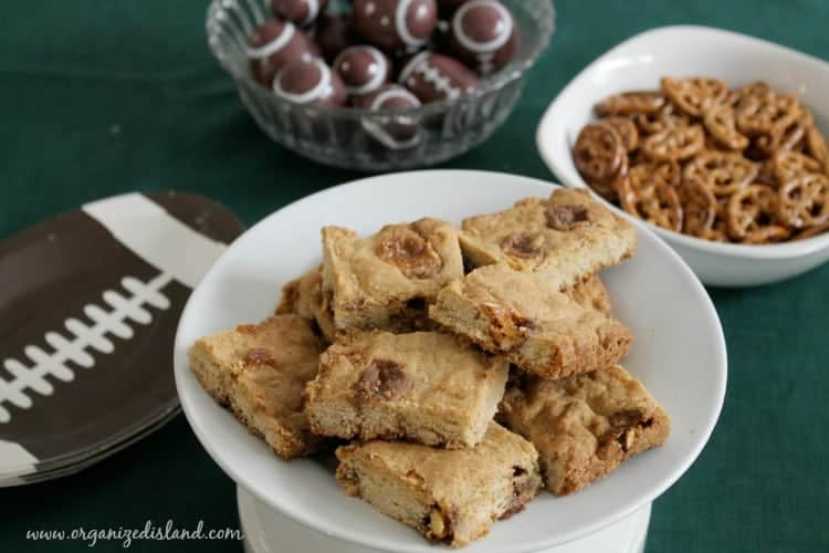 SNICKERS-cookie-bars