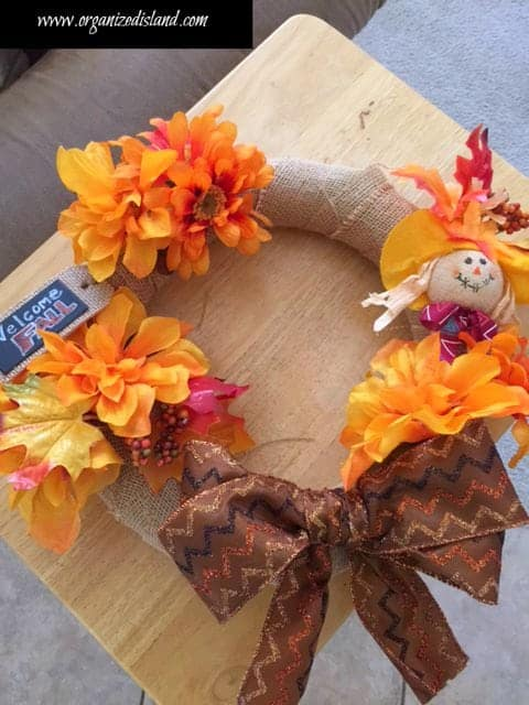 How to use dollar store items to make cheap fall decor