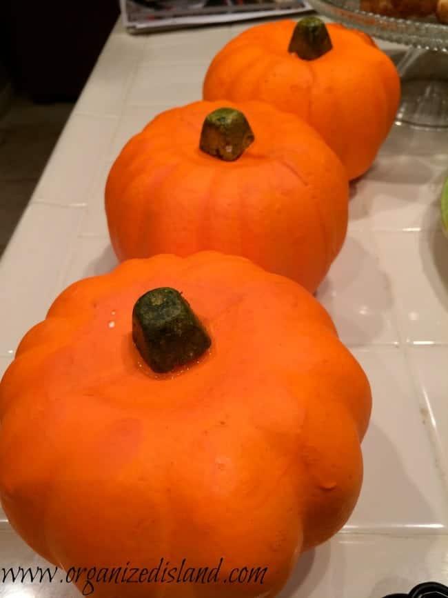 dollar-store-pumpkins