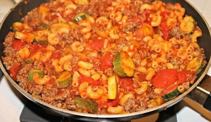 Easy One Pot Beef Pasta Recipe - so easy and delicious!