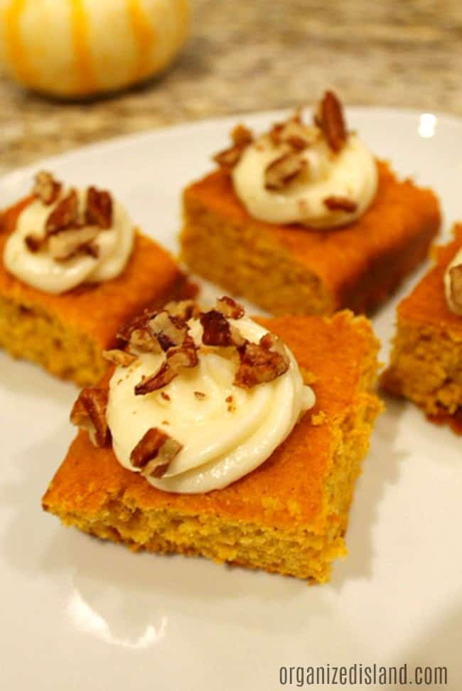 Really Easy Pumpkin Spice Cake Recipe that has a nice spice to it and is made from a boxed cake mix!