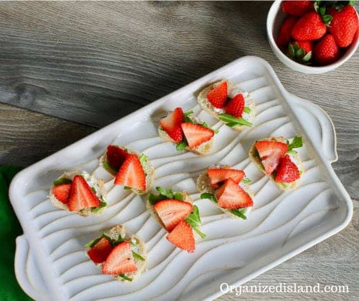 Simple Strawberry Goat Cheese Crostini