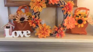 These cute fall decorations are not only easy, they are cheap too! Lots of great fall decorating ideas here.