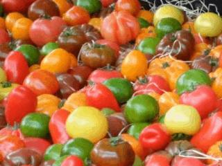 Farmers market vegetables - farmers market shopping tips.