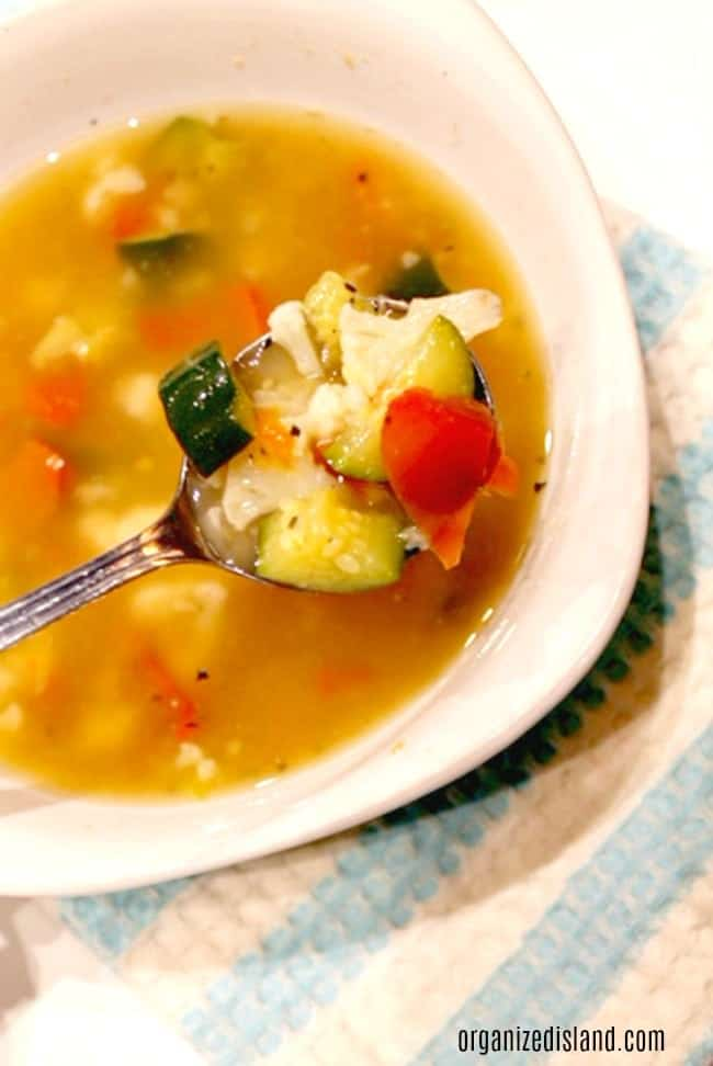 Vegetable-soup-in-bowl with-spoon