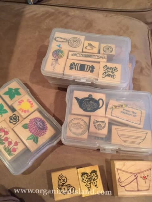 See how I organized my rubber stamps by repurposing a photo box!