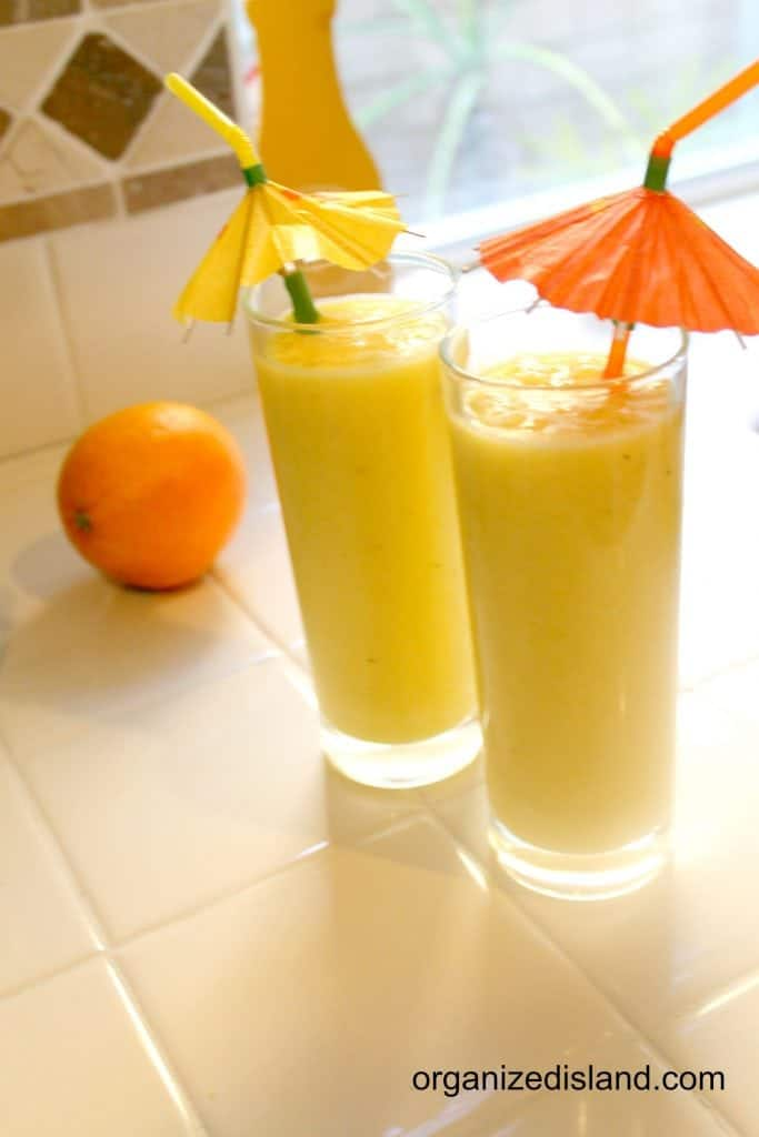 Who is ready for a mango smoothie? So easy to make too!