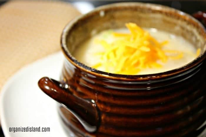 potato-cheese-soup-recipe-easy