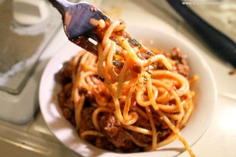 Skillet Spaghetti makes a great dinner idea and it cooks in a single pan!