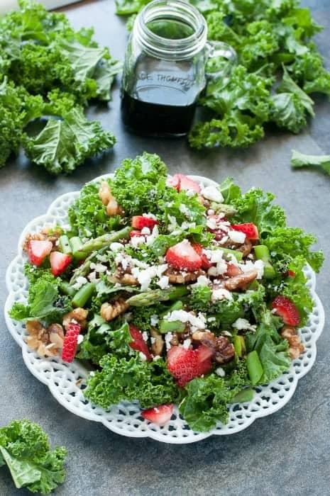 strawberry-kale-salad-pecans-asparagus-feta-strawberry-balsamic-salad-recipe-680-0969