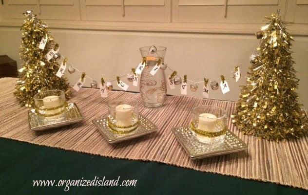 tabletop-christmas-bunting
