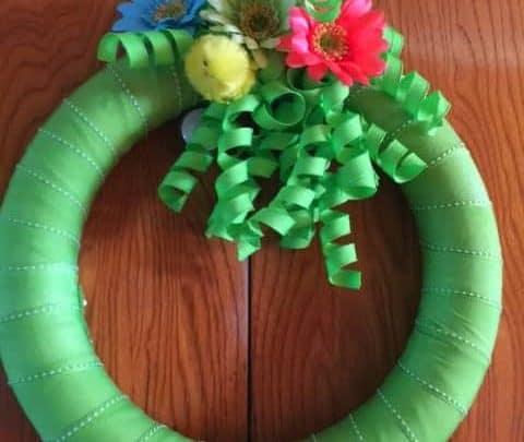 Simple Spring wreath idea